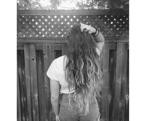 b&w, curly hair, and girl image