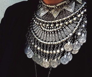 silver, necklace, and accessories image