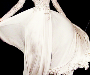 cool, elie saab, and Couture image