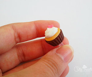 android, cupcake, and cute food image