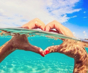 heart, ocean, and red nails image