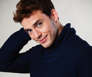 sam claflin, the hunger games, and finnick image