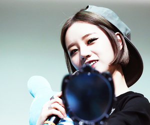 girl's day and hyeri girls day image