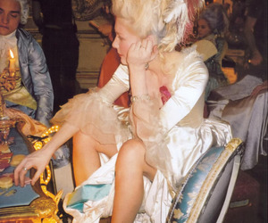 Kirsten Dunst, marie antoinette, and movie image