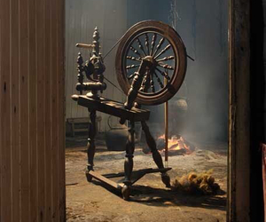 spinning wheel image