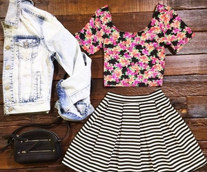 black and white, crop top, and fashion image