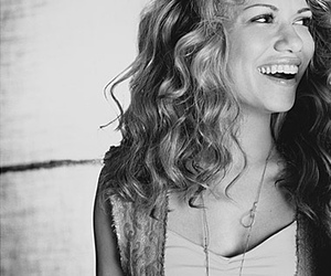 one tree hill and bethany joy galeotti image