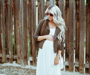 dress, pregnant, and style image