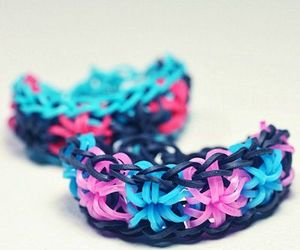 starburst and loom band image