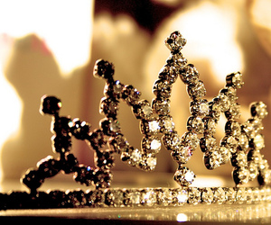 crown, girly, and pretty image
