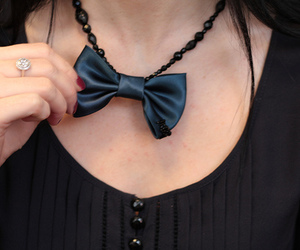 bow and necklace image
