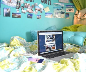 bed, comfy, and green image