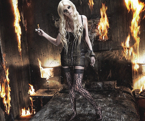 blonde, Taylor Momsen, and sexy image