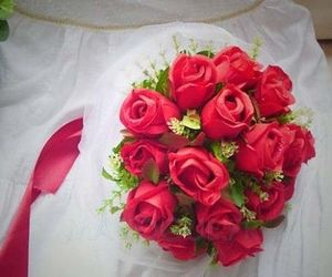 flowers, wedding, and wedding bouquets image