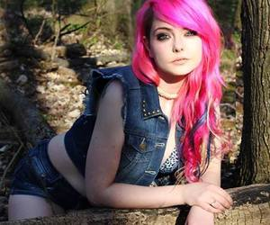 alt model, cute girl, and dyed hair image
