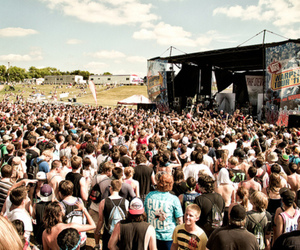 concert, the devil wears prada, and warped tour image