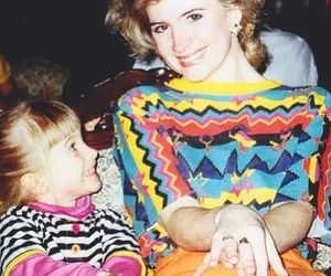 paramore, hayley williams, and mom image