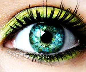 eye, eyes, and purple image