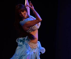 bellydance, dance, and árabe image
