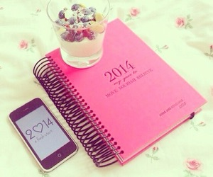 2014 and pink image