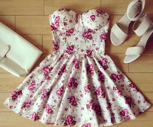 dress, outfit, and flowers image