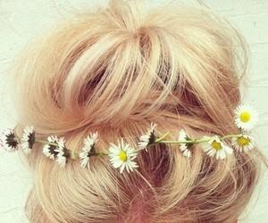 daisies, floral headband, and blonde hair messy bun image