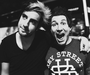 all time low, jack barakat, and pierce the veil image