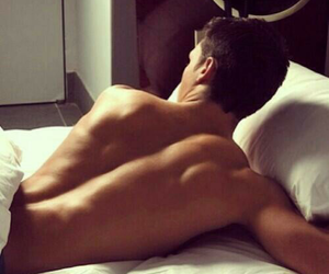back, OMG, and bed image