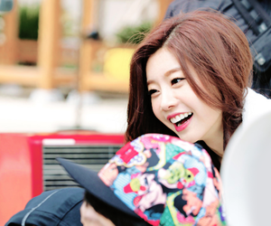 sojin and girl's day image