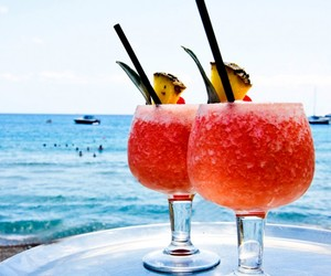 cocktail and summer image