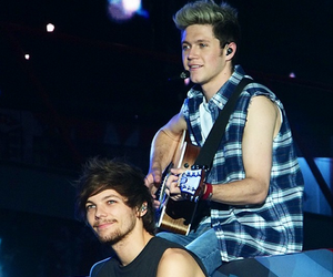 niall horan, one direction, and louis tomlinson image