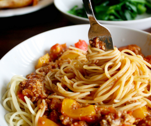 food and spaghetti image