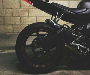 r6 and streetbike image