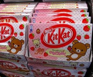 kitkat, kawaii, and strawberry image