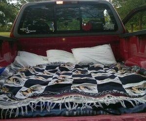 bed and truck image