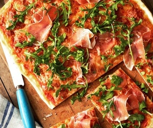food, pizza, and frozen-eskimo.tumblr.com image