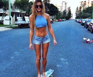 girl, summer, and sk8 image