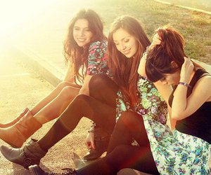 girls, cute, and friends image
