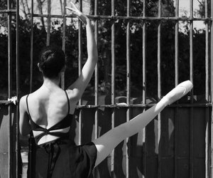 ballet, girl, and orgulho image