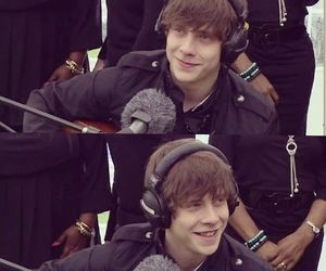 jake bugg, smile, and jakebugg image