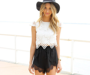 blonde, outfit, and shorts image