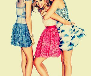 lauren conrad, friends, and the hills image