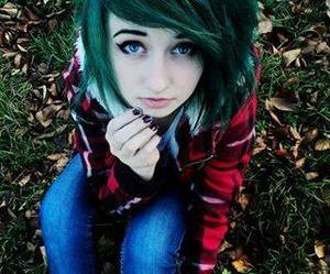 dyed hair, green hair, and vera ponomareva image