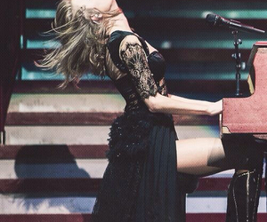 Taylor Swift, all too well, and piano image