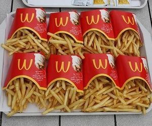 fries, hunger, and hungry image