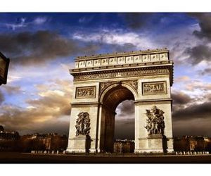 paris and arc de triomphe image