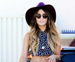 vanessa hudgens and outfit image
