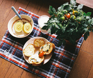 food, breakfast, and tomato image