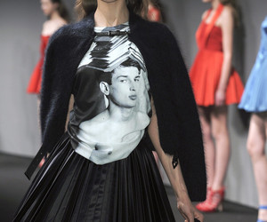 fashion and versus image