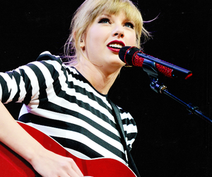 beautiful, Taylor Swift, and red tour image